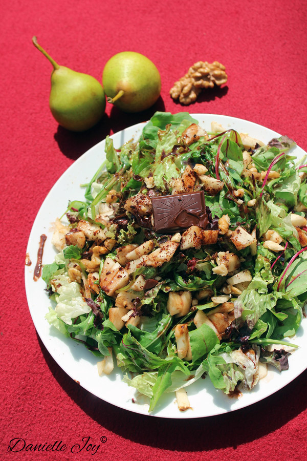 Arugula-Pear Salad with Chocolate Vinaigrette
