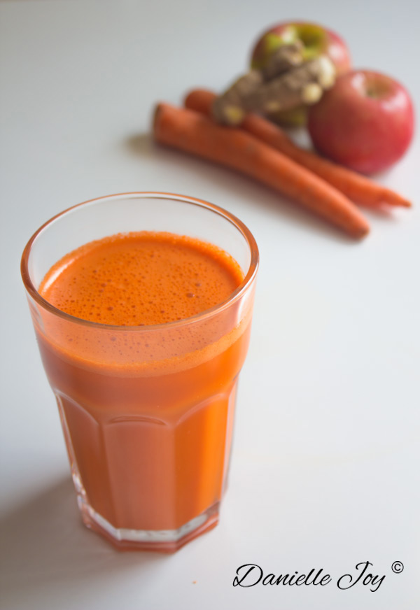 Carrot-Mango-Appel-Ginger Smoothie Juice