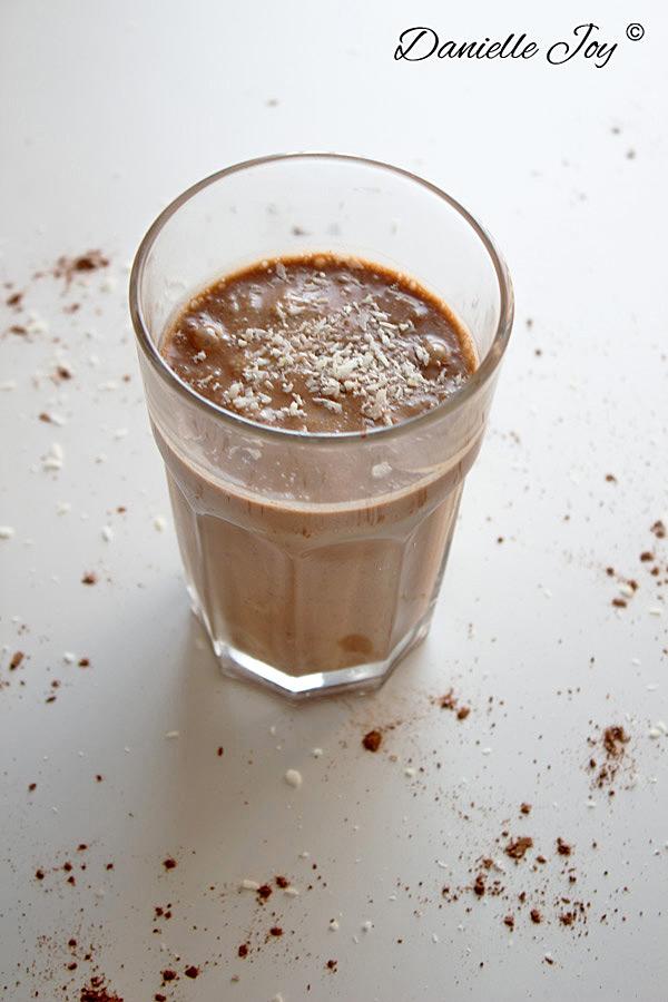 Chocolate-Coconut Smoothie