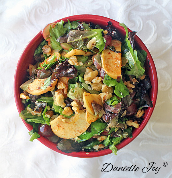 Cinnamon-Spiced Apple & Grape Salad